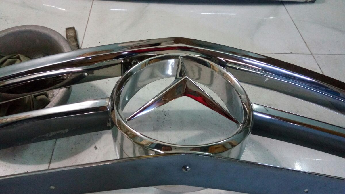 Mercedes benz W113 Stainless Steel Grill for Sale
