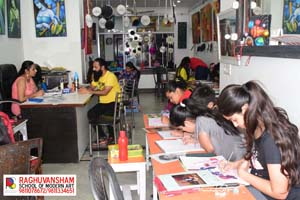 drawing classes by raghuvansham in rohini sector 5