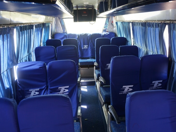 18 Seater Bus-18 Seater Bus Hire Bangalore